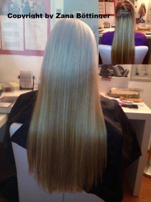 Haarsträhnen blonde Haare